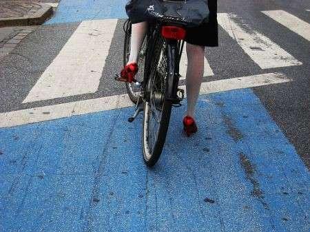 Le cycle-chic: pedalare sì, ma con grazia ed eleganza