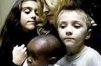 Madonna vuole adottare un altro bambino
