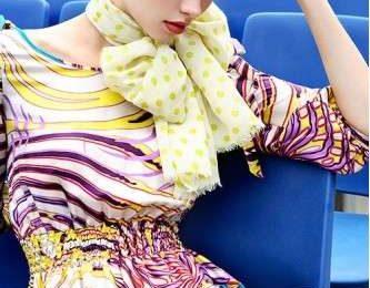 Accessori moda primavera 2009: il foulard
