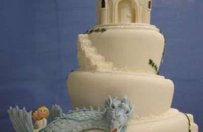 Torte nuziali: le foto di quelle più strane