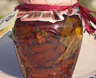 Pomodori secchi sott'olio, la ricetta