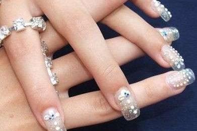 Ricostruzione delle unghie [FOTO]