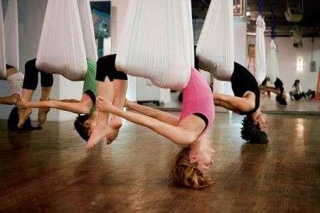 Antigravity Yoga: il nuovo modo di fare yoga