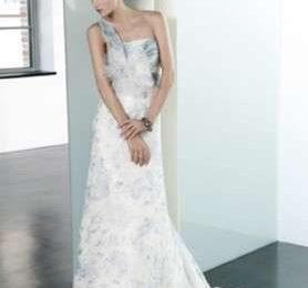 1c7f95611da7 Abiti da sposa 2010  collezione Elisabetta Polignano