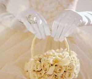 Accessori sposa: la borsetta-bouquet