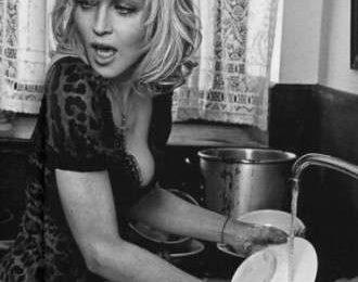 Madonna: casalinga siciliana per l'adv Dolce & Gabbana