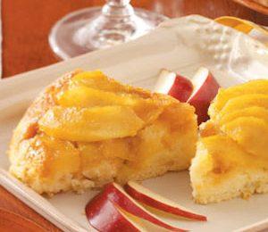 Ricetta torta di mele rovesciata con ciliegine