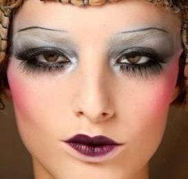 Make up inverno 2010: le sopracciglia griffate