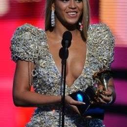Grammy Awards 2010: look delle star