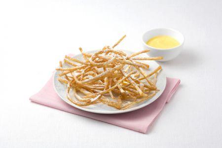 Ricette Carnevale: nastrini fritti con crema pasticcera