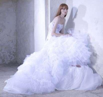 6263fd96c09e Abiti da sposa 2010  collezione Juliet