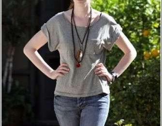 Anne Hathaway senza trucco ma sempre bellissima