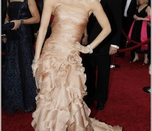 Oscar 2010: il look di Demi Moore