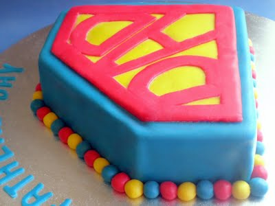 torta superman decorazione