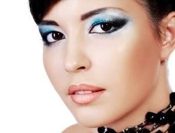 Tendenze Make up estate 2010: colore azzurro
