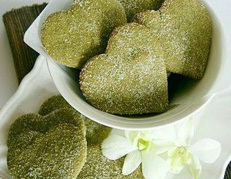 Ricette Festa della Mamma: biscotti al pistacchio