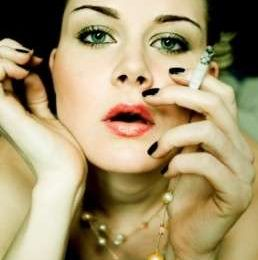 Fumo: cresce il numero delle donne fumatrici