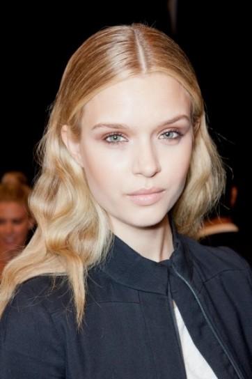 biondo miele chiaro per i capelli per lestate 2013