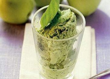 Ricette estive: gelato alla mela verde