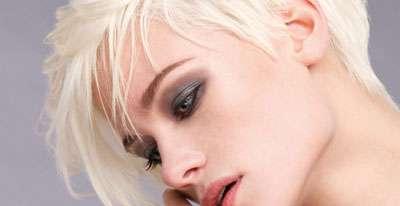 Tagli capelli: caschetto corto con frangia [FOTO]