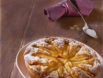 Torta di mele frullate, ricetta facile e golosa