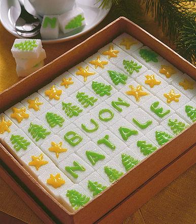 Ricette di Natale per bambini: le zollette decorate