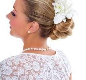 Acconciature per la sposa: lo chignon