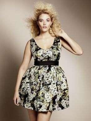 H&M presenta la linea fashion per taglie comode
