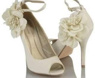 Scarpe sposa primavera estate 2011: consigli per la scelta