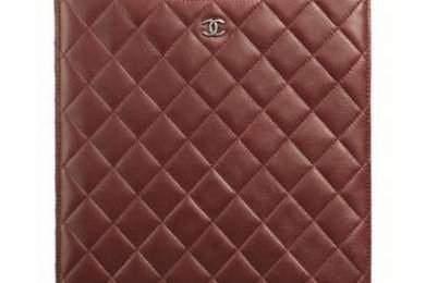 Chanel: custodie per iPhone e iPad chic ed eleganti