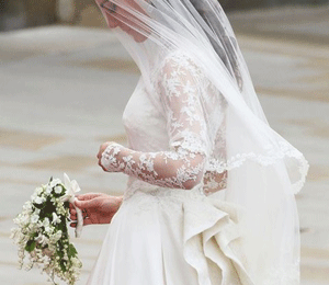 Matrimonio William e Kate: Sarah Burton non ha rivelato il segreto neanche a sua madre