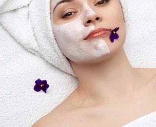 Maschera per il viso per la pelle secca, economica ed efficace