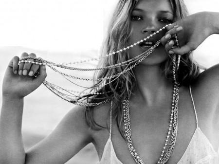 Domani si sposa anche Kate Moss, non solo Alberto di Monaco e Charlene!