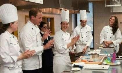 William e Kate in Canada seguono un corso di alta cucina! Foto