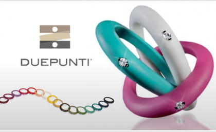 Gli anelli del desiderio dell'estate 2011: coloratissimi in plastica con piccolo diamante