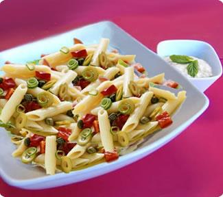 La ricetta della pasta fredda alle acciughe, golosa e perfetta per l'estate!