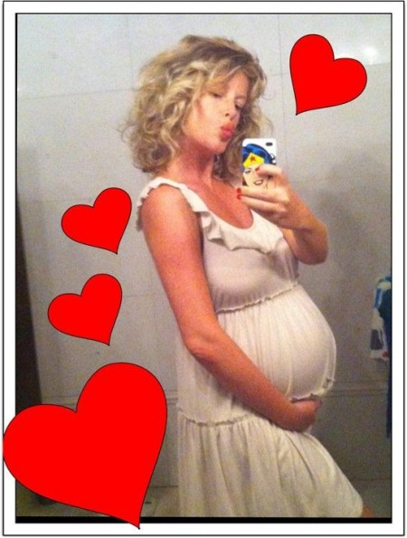 Alessia Marcuzzi è di nuovo mamma! Nata la piccola Mia, annuncio di Facchinetti su Facebook