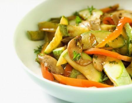 Tacchino in padella con verdure
