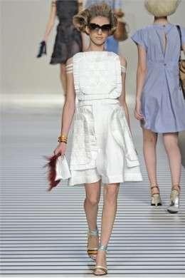 La sfilata di Fendi al Milano Moda Donna P/E 2012