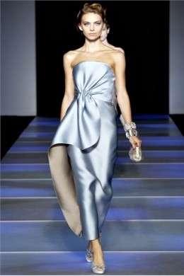Pura eleganza per Giorgio Armani al Milano Moda Donna P/E 2012
