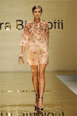 Venezia mon amour, la sfilata di Laura Biagiotti al Milano Moda Donna P/E 2012