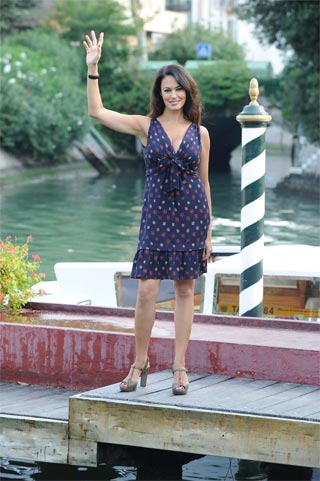 Maria Grazia Cucinotta e il debutto da regista al festival del cinema di Venezia