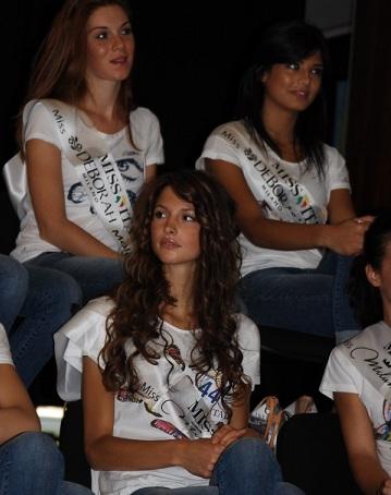 Stasera la prima fascia Miss curve d'Italia Elena Mirò a Miss Italia 2011