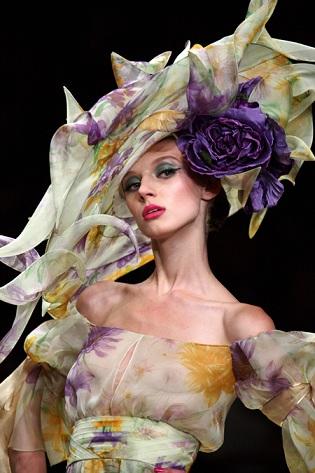 Il calendario della Paris Fashion Week P/E 2012: dal 27 settembre al 5 ottobre