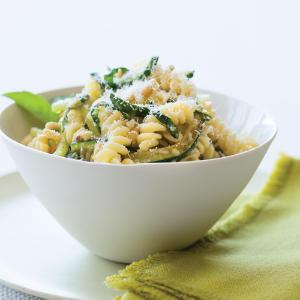 Pasta con le zucchine in versione light