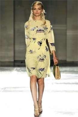 Incanta la collezione primavera-estate 2012 di Prada presentata a Milano Moda Donna