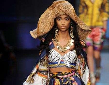 L'ultima sfilata D&G primavera estate 2012 va in scena a Milano Moda Donna