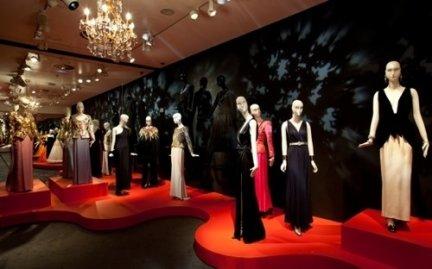La moda di Yves Saint Laurent in mostra a Madrid