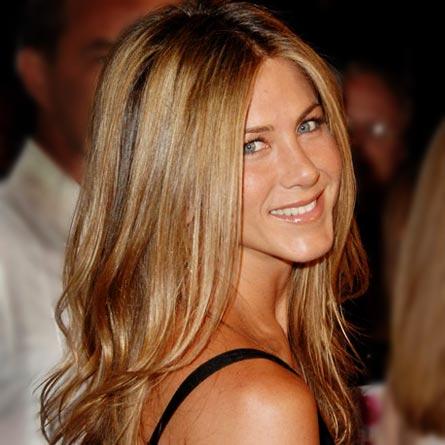 Jennifer Aniston regina di bon ton ma non sul set!