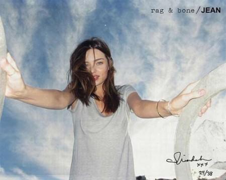 La favolosa Miranda Kerr fotografata da Orlando Bloom per la pubblicità di Rag & Bone!